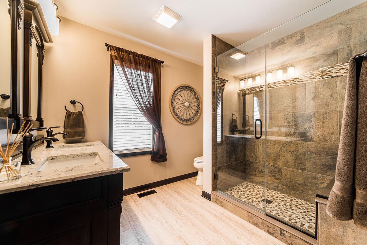 3 loại vật liệu làm cabin tắm hiệu quả cao